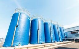Grande acqua del filtrante di plastica del secchio usata per produrre alimento Fotografie Stock Libere da Diritti