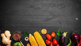 Grande alimento biologico dell'insieme Verdure grezze fresche Fotografia Stock