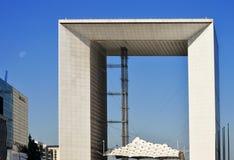 Grande Arche στην υπεράσπιση Λα εμπορικών κέντρων στο Παρίσι, Γαλλία Στοκ φωτογραφίες με δικαίωμα ελεύθερης χρήσης