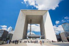 Grande Arche de Λα Defense στο Παρίσι, Γαλλία Στοκ Φωτογραφίες