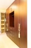 Grande armário de madeira Foto de Stock