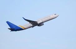 Grande avião do passageiro Imagens de Stock