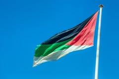 Grande bandeira árabe da revolta em Aqaba, Jordânia fotos de stock