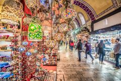 Grande bazar per la compera a Costantinopoli, Turchia immagini stock