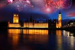 Grande Ben con il fuoco d'artificio, celebrazione di nuovo anno Immagine Stock