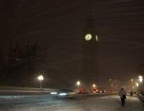 Grande Ben nella bufera di neve rara della neve fotografia stock