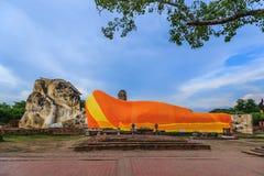 Grande buddha adagiantesi Immagini Stock