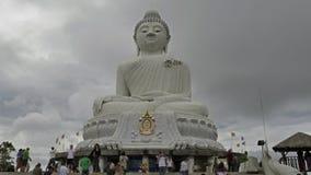 Grande Buddha bianco nel giorno nuvoloso in Chalong, Phuket, Tailandia Fotografie Stock Libere da Diritti