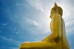 Grande Buddha dourado Imagens de Stock Royalty Free