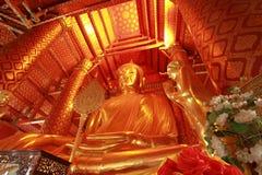 Grande Buddha in Wat PananCheung Immagini Stock