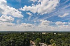 Grande céu azul e terra lisa, Países Baixos Foto de Stock Royalty Free