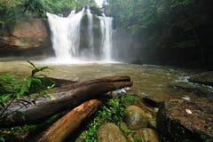 Grande cachoeira em Tailândia Fotos de Stock