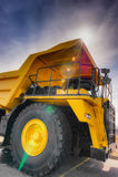 Grande camion verticale della trazione Fotografie Stock