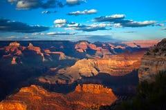 Grande canyon al tramonto Immagini Stock Libere da Diritti