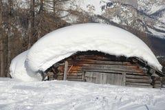 Grande cappuccio della neve Fotografie Stock Libere da Diritti