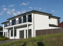 Grande casa del piano di bianco 2 fotografie stock libere da diritti
