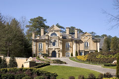 Grande casa do estuque no monte Imagem de Stock Royalty Free