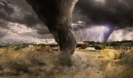 Grande catastrophe de tornade illustration stock