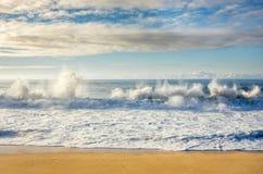 Grande causar um crash das ondas Foto de Stock Royalty Free