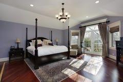 Grande chambre à coucher principale photo stock