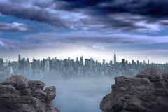 Grande cidade no horizonte Fotos de Stock Royalty Free