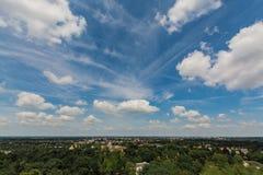 Grande cielo blu e terra piana, Paesi Bassi Immagini Stock Libere da Diritti