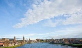 Grande cielo sopra Inverness: Capitale dell'altopiano. Immagine Stock Libera da Diritti