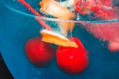 Grande cocktail blu saporito con ghiaccio Fotografia Stock Libera da Diritti