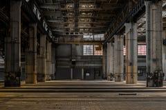 Grande corridoio industriale di una stazione di riparazione Fotografie Stock Libere da Diritti