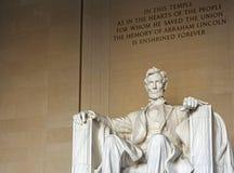 Grande escultura assentada de Abraham Lincoln em Washington D C imagem de stock