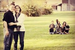 Grande famille raciale multi photographie stock