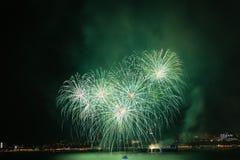 Grande festival del fuoco d'artificio in Gelendzhik Regione di Krasnodar La Russia 09/15/2017 Fotografie Stock