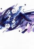 Grande fondo astratto dell'acquerello Macchie vive della spazzola, punti e punti a mano libera blu e porpora su carta strutturata Immagine Stock
