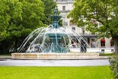 Grande fontana rotonda a Ginevra Immagini Stock