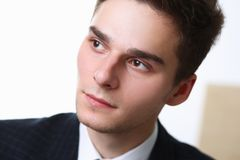Grande fronte facciale dell'uomo del ritratto dell'uomo d'affari singolo Fotografia Stock