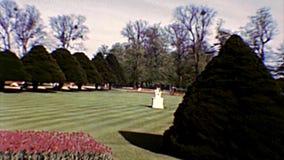 Grande giardino della fontana di Hampton Court archivi video