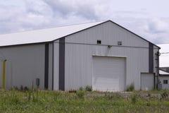 Grande grange moderne Image libre de droits