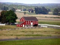 Grande grange rouge photo libre de droits