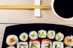 Grande grupo de sushi Fotografia de Stock