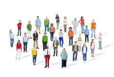 Grande gruppo di gente variopinta multietnica Fotografie Stock