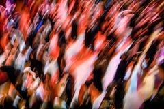 Grande gruppo di persone che ballano ad una palla Fotografia Stock