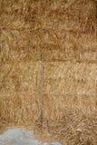 Grande Hay Bales com forcado Fotografia de Stock Royalty Free