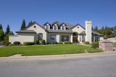 Grande HOME luxuoso Imagem de Stock