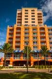 Grande hotel colorido na praia de Clearwater, Florida Foto de Stock Royalty Free