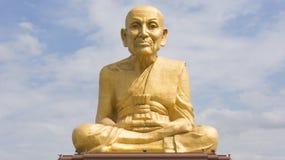 Grande image de Bouddha au temple thaïlandais Photographie stock