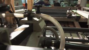 Grande imprimante typographique Works clips vidéos
