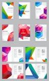 Grande insieme dell'identità visiva con la carta intestata poligonale di stile degli elementi di logo della lettera e la progetta illustrazione di stock
