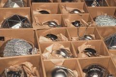 Grande insieme delle bagattelle di vetro d'argento di lusso Una retro immagine disegnata di vi Immagine Stock Libera da Diritti