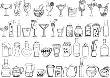 Grande insieme delle bevande disegnate a mano su fondo bianco Immagini Stock Libere da Diritti