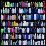 Grande insieme delle bottiglie di plastica sul nero Fotografia Stock